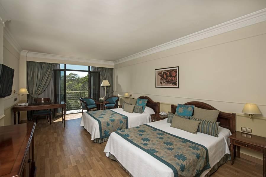iberostar parque central hotel havana cuba book. Black Bedroom Furniture Sets. Home Design Ideas