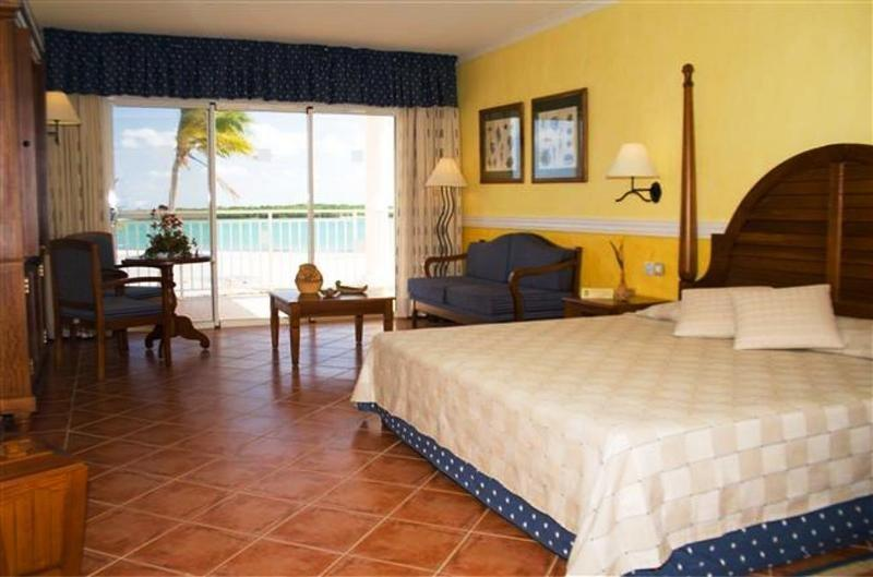 Blau Privilege Cayo Libertad Hotel