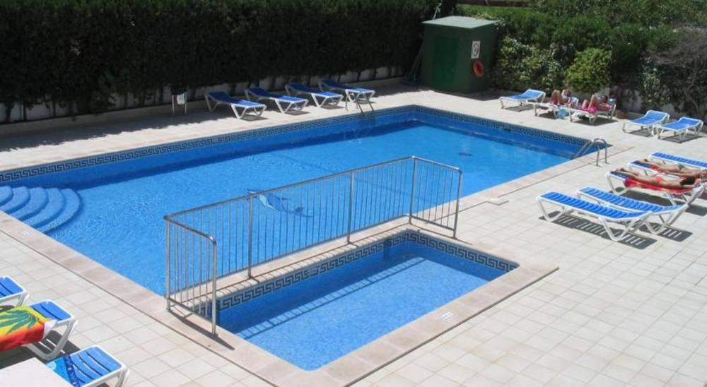 Holidays at Sol Y Vera Apartments in Magaluf, Majorca