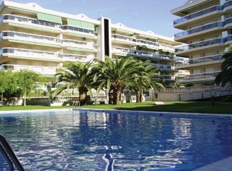 Holidays at Complejo Living Park in Salou, Costa Dorada