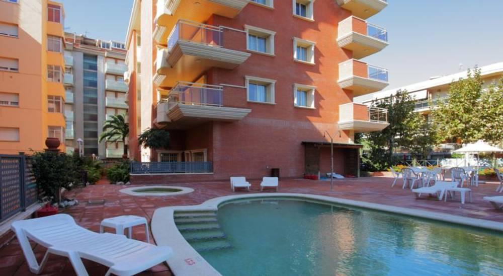 Holidays at Imperial Salou Apartments Hotel in Salou, Costa Dorada