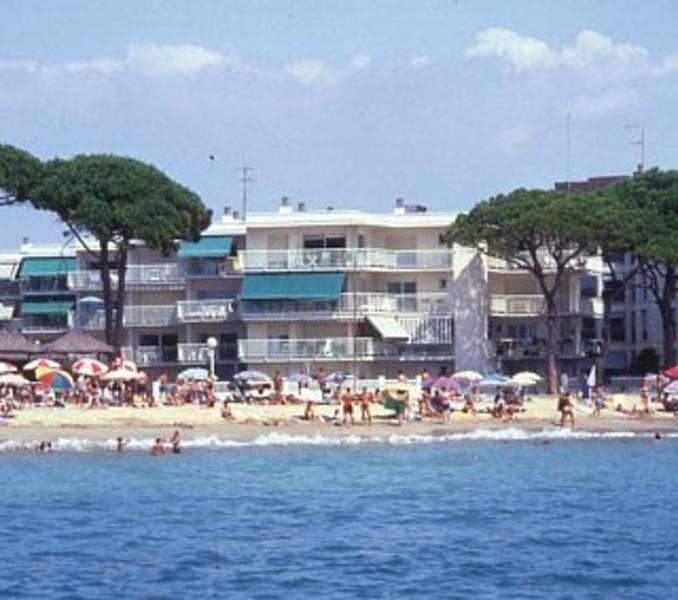 Holidays at Pins I Mar Apartments in Cambrils, Costa Dorada