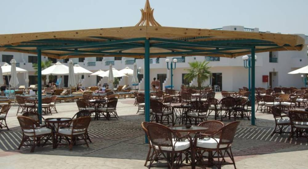 Holidays at Sharm Cliff Resort Hotel in Naama Bay, Sharm el Sheikh