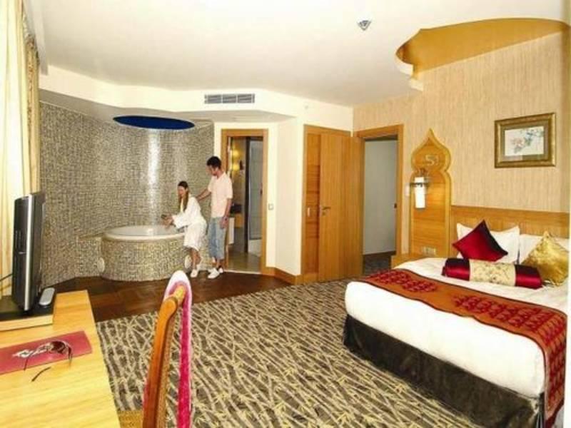 Holidays at Seher Sun Beach Hotel in Kumkoy Side, Side