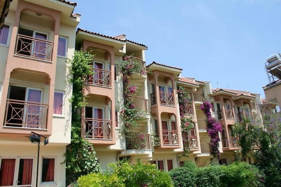 Holidays at Ozhan Apartments in Marmaris, Dalaman Region