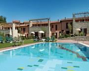 Holidays at Golf Residence in Peschiera Del Garda, Desenzano del Garda
