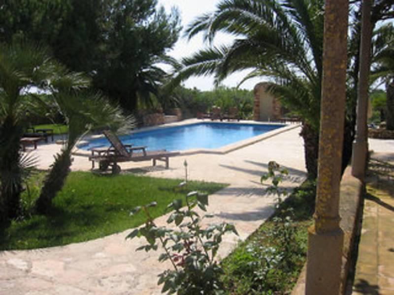 Holidays at Sa Pletassa Hotel in Cala d'Or, Majorca