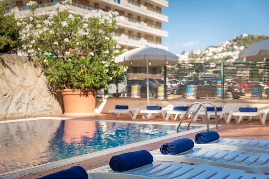 Holidays at H Top Summer Sun Hotel in Santa Susanna, Costa Brava