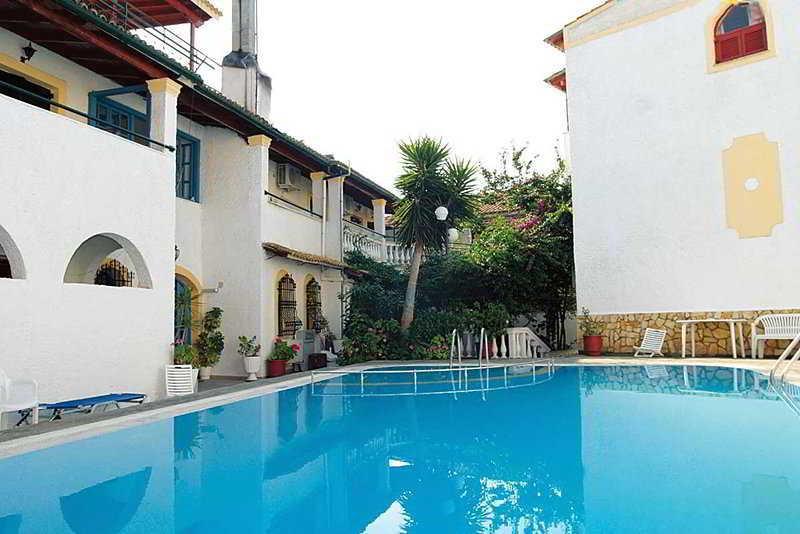 Holidays at Bella Grecia Aparthotel in Moraitika, Corfu