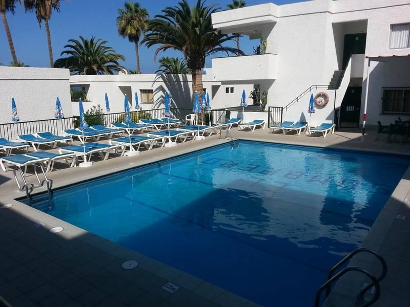 Holidays at El Sombrero Apartments in Los Gigantes, Tenerife