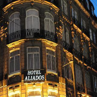Holidays at Aliados Hotel in Oporto, Portugal
