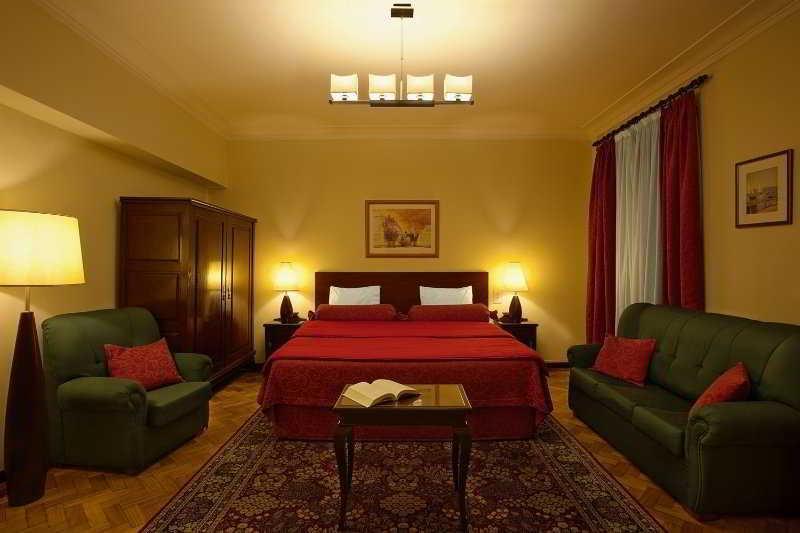 Luxurious Room Hotel Oporto