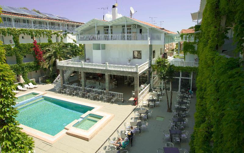 Holidays at Olympic Kosmas Hotel in Hanioti, Halkidiki