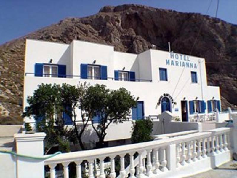Holidays at Marianna Hotel in Perissa, Santorini