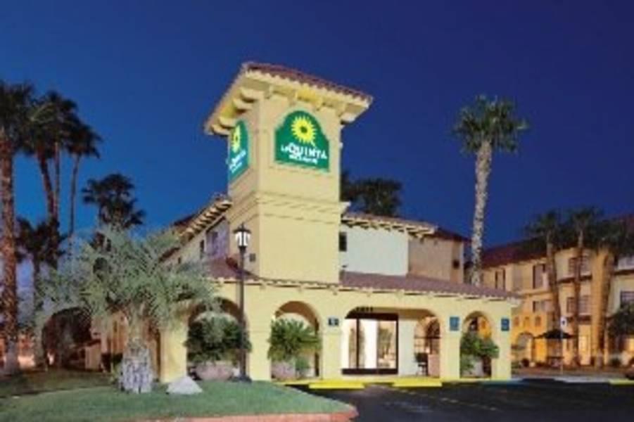 Holidays at La Quinta Inn & Suites Las Vegas Airport N Conv in Las Vegas, Nevada