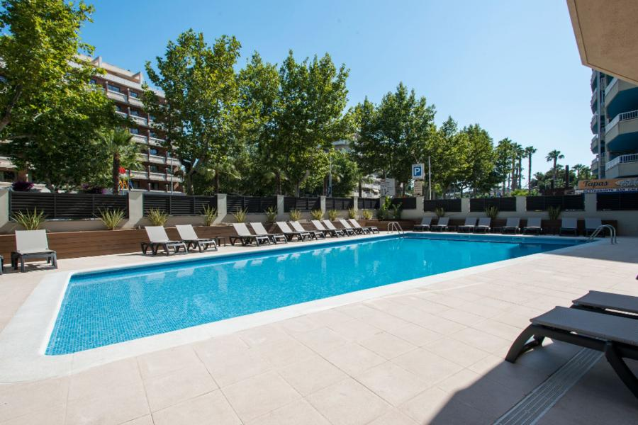 Holidays at California III & IV Apartments in Salou, Costa Dorada
