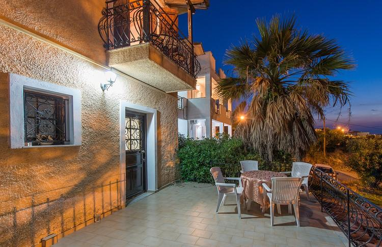 Holidays at Yiannis Studios and Apartments in Tsilivi, Zante