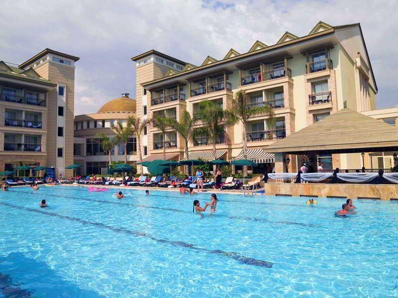 Alva Donna Beach Resort Side