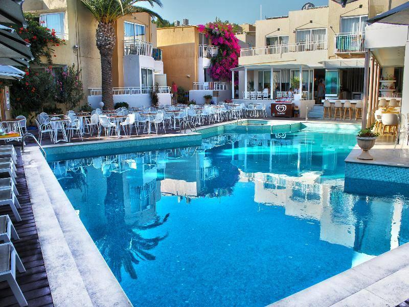 Holidays at Nefeli Hotel in Platanias Rethymnon, Rethymnon