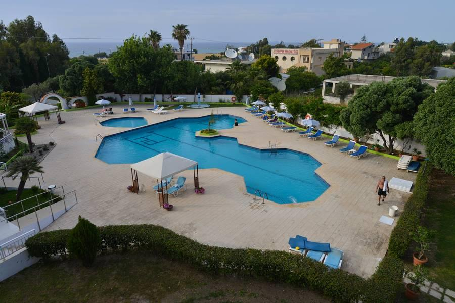 Holidays at Happy Days Hotel in Tholos, Rhodes