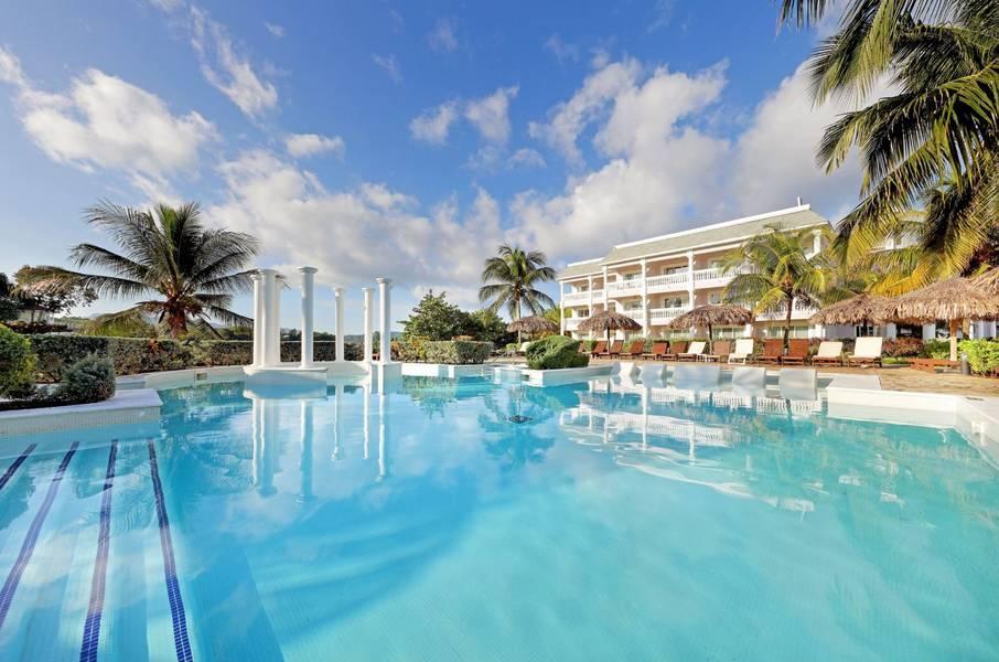 Holidays at Grand Palladium Lady Hamilton Resort Spa Hotel in Montego Bay, Jamaica