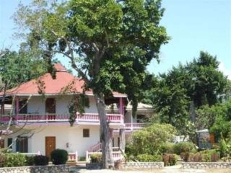 Holidays at Summerset Village Hotel in Negril, Jamaica