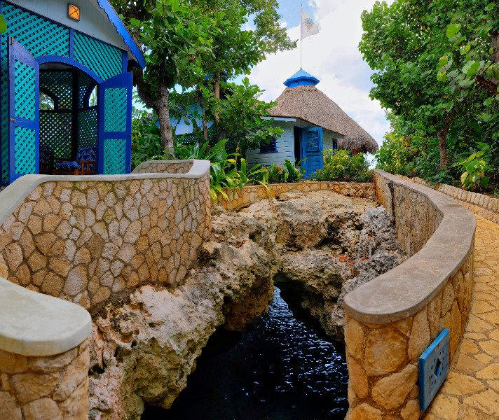 Caves Hotel, Negril, Jamaica  Book Caves Hotel online