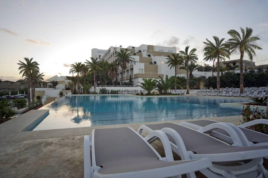 Salini resort hotel st paul 39 s bay malta book salini for Hotels malte