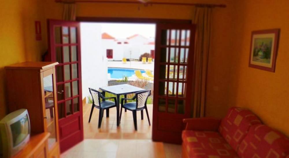 Holidays at Castillo Beach Apartments in Caleta De Fuste, Fuerteventura