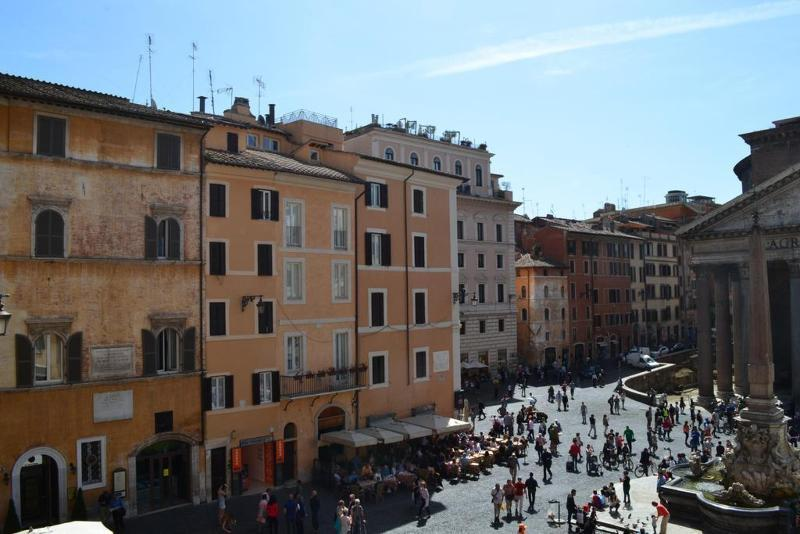 Holidays at Albergo Del Sole Al Pantheon Hotel in Rome, Italy