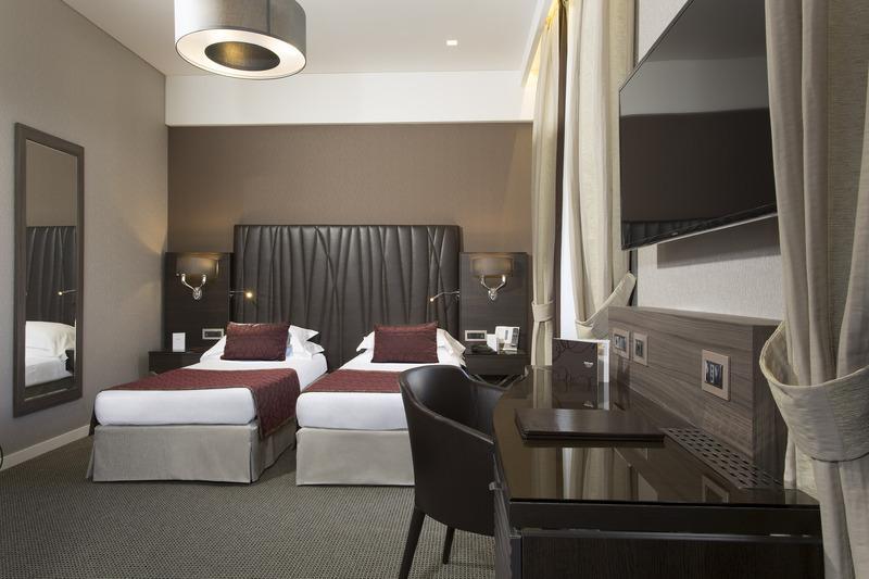 Hotel Artemide - room photo 11026214