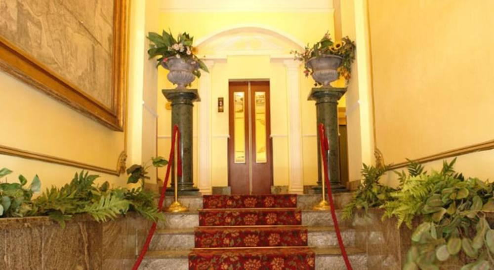 Holidays at Giglio Dell Opera Hotel in Rome, Italy