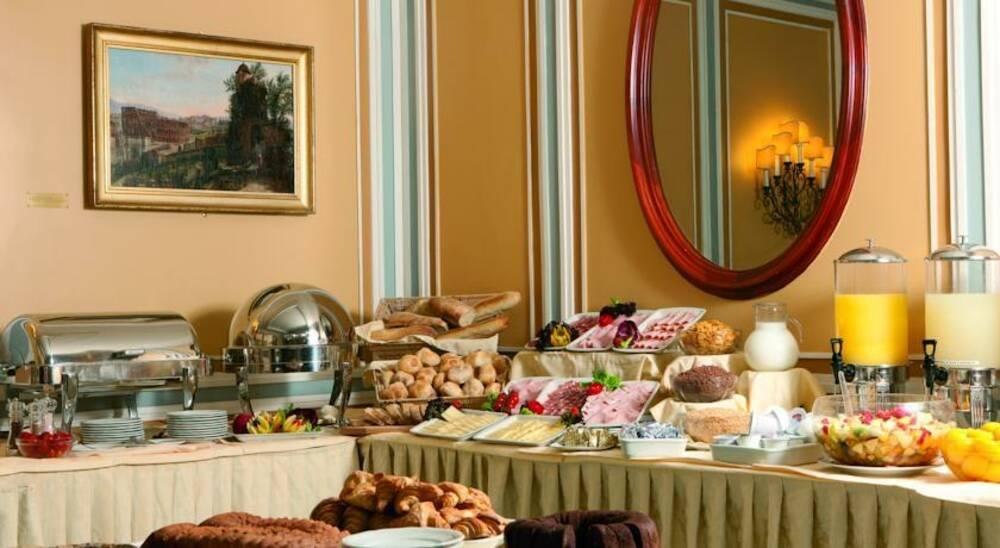 Holidays at Victoria Roma Hotel in Rome, Italy