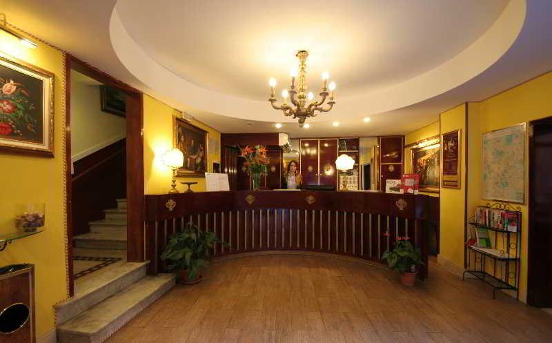 Saturnia Hotel