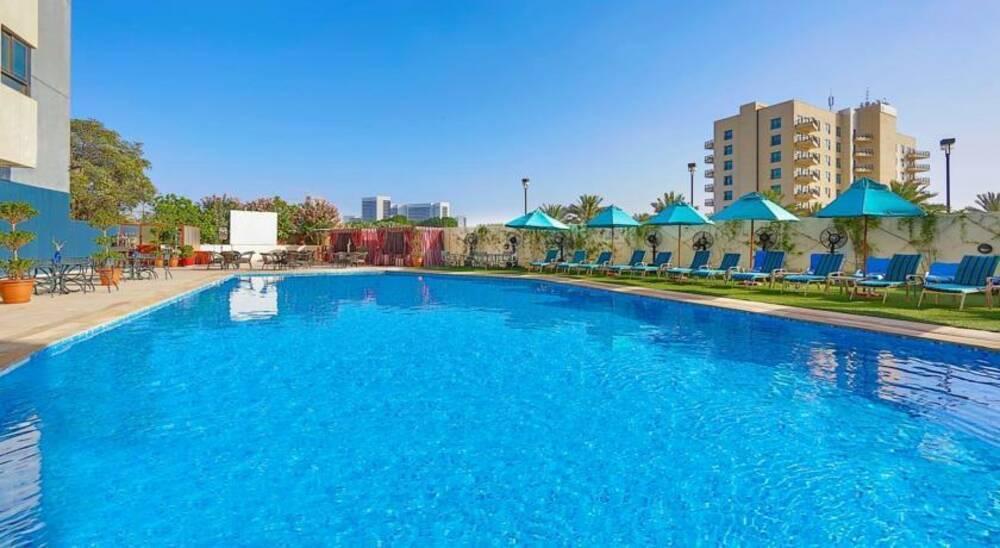 Holidays at Arabian Park Hotel in Bur Dubai, Dubai