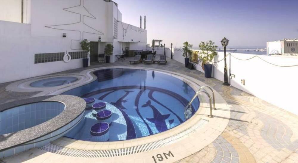 Holidays at Howard Johnson Hotel Bur Dubai in Bur Dubai, Dubai