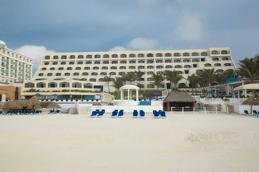 Holidays at Golden Parnassus Resort & Spa - Adults Only in Cancun, Mexico