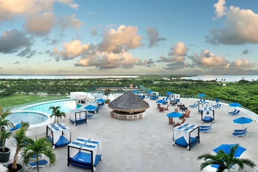 Seadust Cancun Family Resort