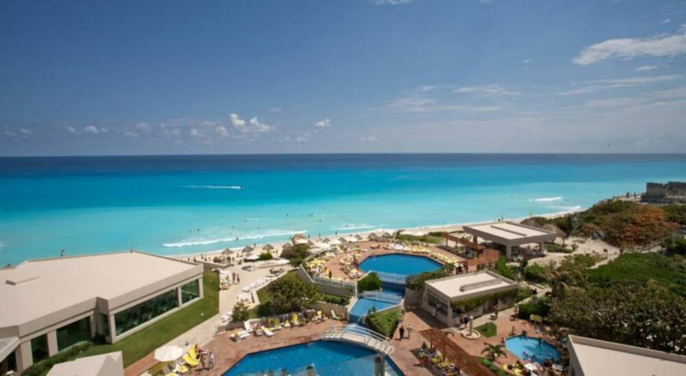 Holidays at Park Royal Cancun Hotel in Cancun, Mexico