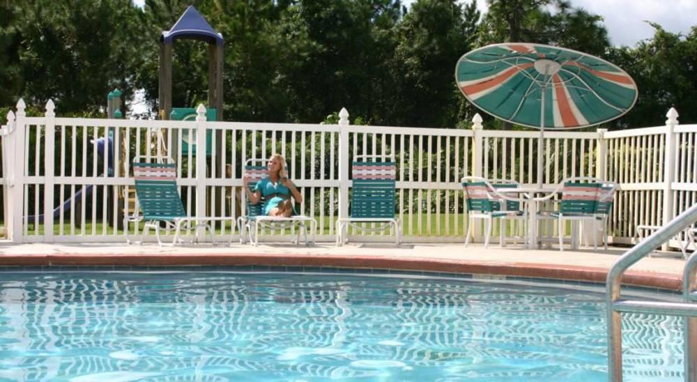 Holidays at Parc Corniche Condominium Resort Hotel in Orlando International Drive, Florida