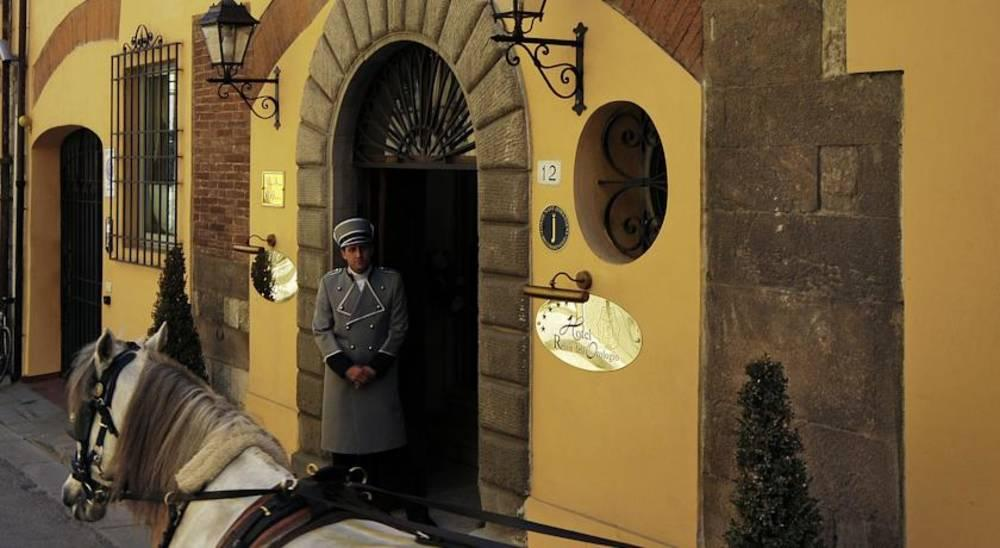 Holidays at Relais Dell'orologio Hotel in Pisa, Tuscany
