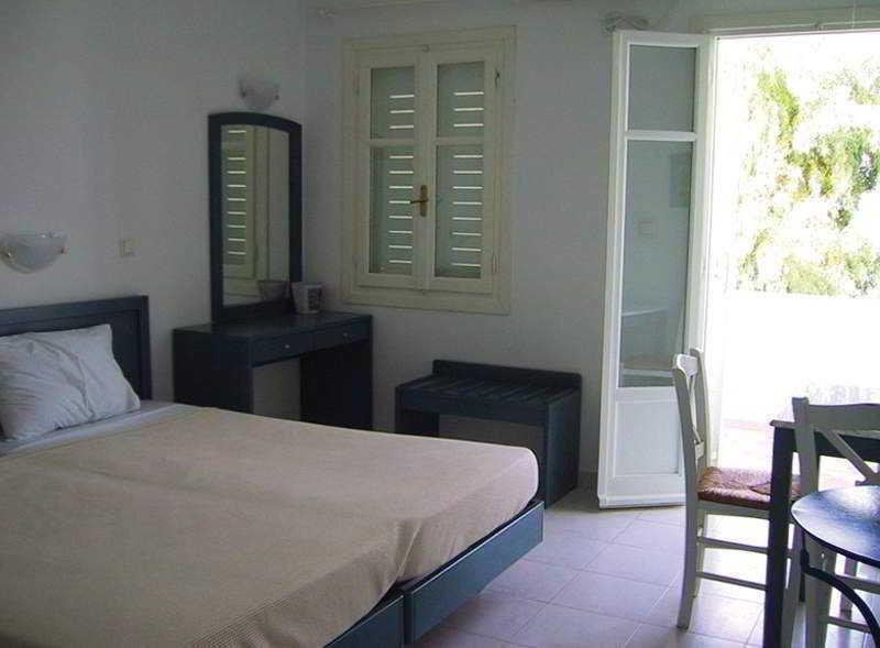 Holidays at Summer View Apartments in Parikia, Paros
