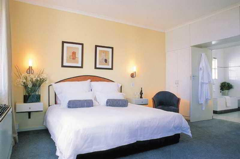 Holidays at Ambassador & Executive Suites Hotel in Cape Town, South Africa