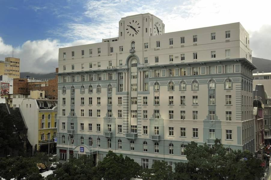 Holidays at AHA Inn On The Square in Cape Town, South Africa