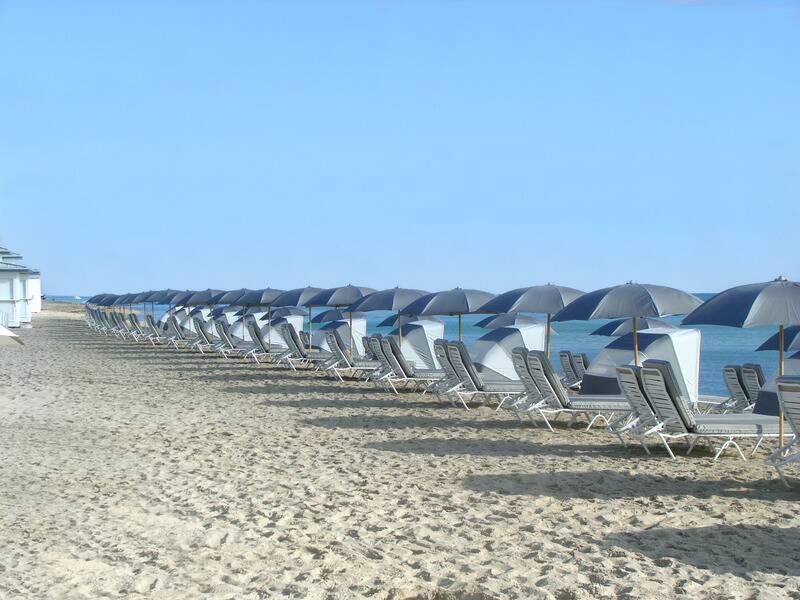 flirting games at the beach hotels on the beach miami