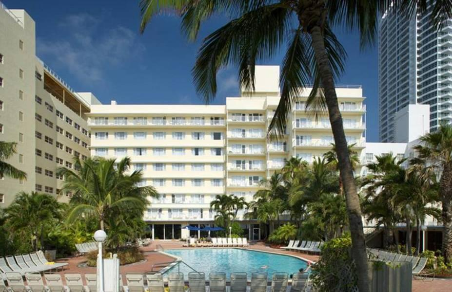 Holidays at Four Points By Sheraton Miami Beach Hotel in Miami Beach, Miami