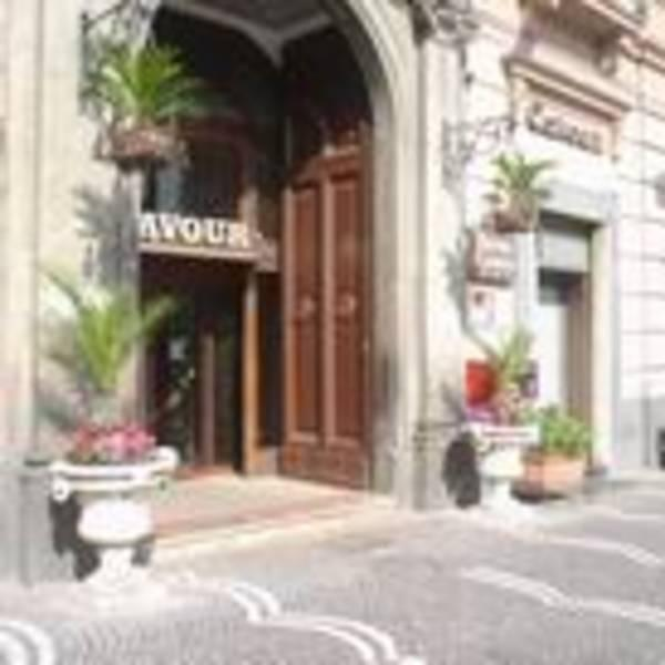 Holidays at Cavour Hotel in Naples, Italy