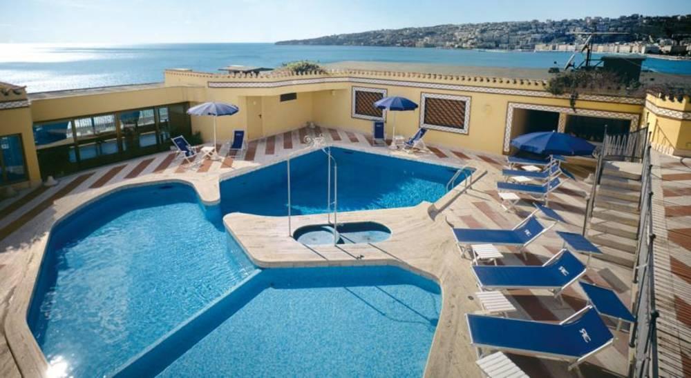 Holidays at Royal Continental Hotel in Naples, Italy