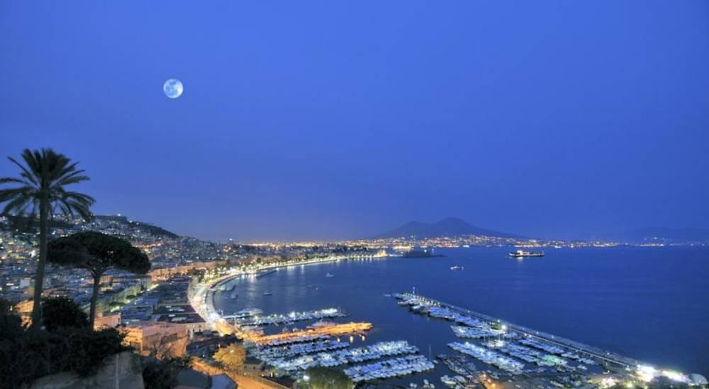 Holidays at Best Western Paradiso Hotel in Naples, Italy