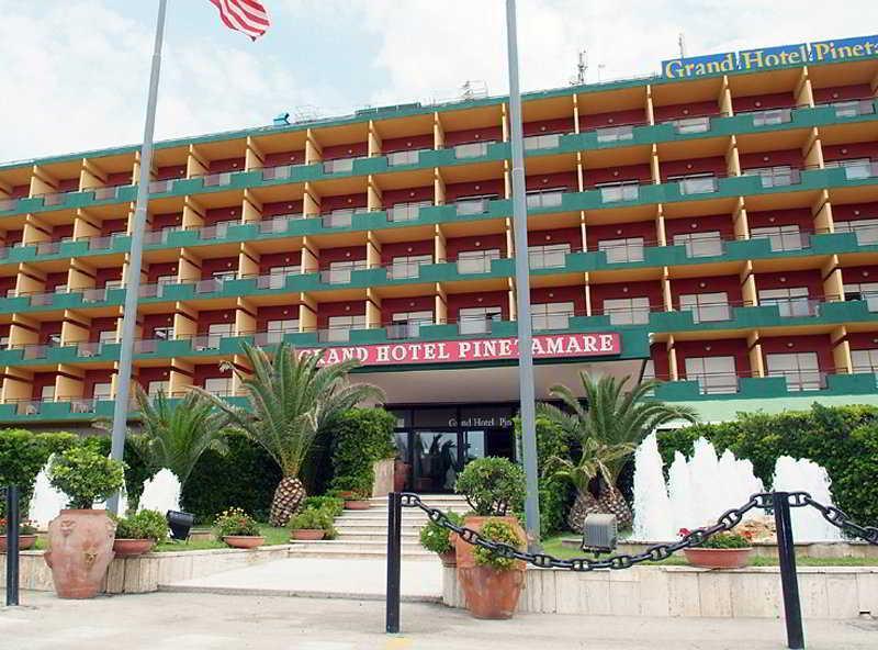 Hotel Club Naples
